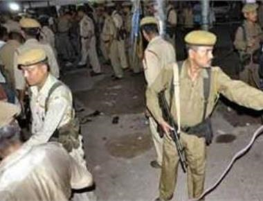 One killed, nine injured in blast in Kolkata suburbs