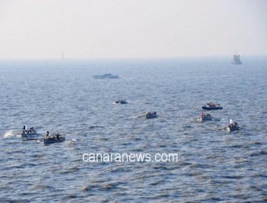 Six boat crew members saved near Malpe