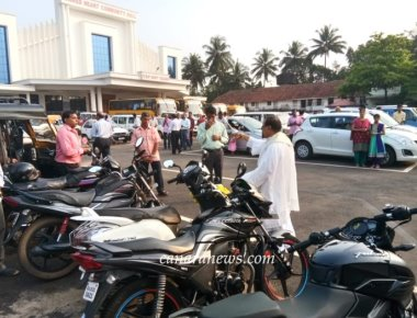 ICYM Madanthyar unit organizes Vehicle Blessing Ceremony