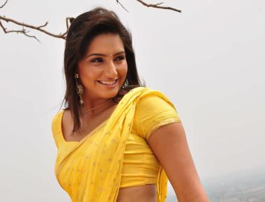 Ragini to opt out of 'Naati Koli'?