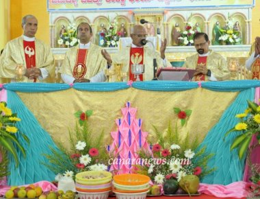 Sacred Heart of Jesus Church Madanthyar celebrates Annual Parish Feast