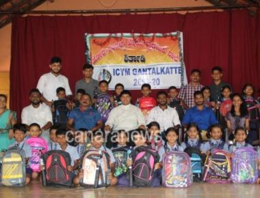 ICYM Gantalkatte unit distributes bags and umbrellas to the students of Holy Angels School, Shirthady