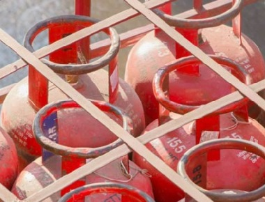 Govt rolls out Anila Bhagya for free LPG