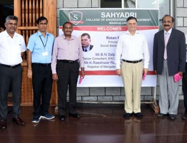NITI Aayog officials, Mangalore University registrar visit Sahyadri College