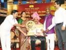 2015ರ ಸಾಲಿನ ಕರ್ನಾಟಕ ನಾಟಕ ಅಕಾಡೆಮಿಯ ವಾರ್ಷಿಕ ಪ್ರಶಸ್ತಿಯನ್ನು ಲಯನ್ ಕಿಶೋರ್ ಡಿ.ಶೆಟ್ಟಿ ಅವರು ಪಡೆದರು