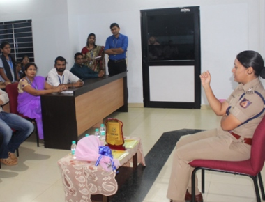 Police DC Uma Prashanth educates Vikas PU College students on following traffic norms