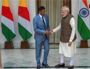Modi holds talks with Seychelles president