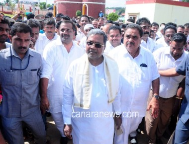I condemn communalism like anything, asserts CM Siddaramaiah