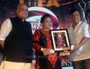 Bollywood Actors Prem Chopra, Anu Malik, Tusli Kumar, Ekta Kapoor, Rati Agnihotri with Gauhar Khan during The Indian Icon Film