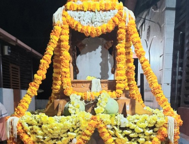 Bhandi Ratha Samarpana to Chandrashekara Devaru at Moodbidri