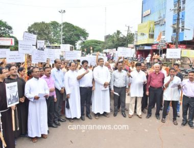 'Black Day' observed in protest of treatment of Dalit Christians