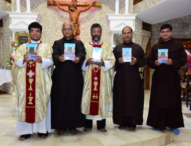 Carmel Bible diary released at Infant Jesus shrine