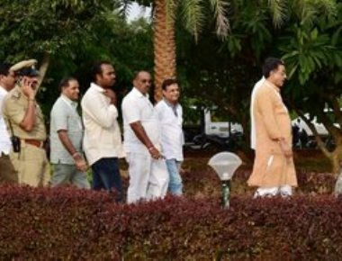 Cong parades MLAs, claims BJP tried to bribe them