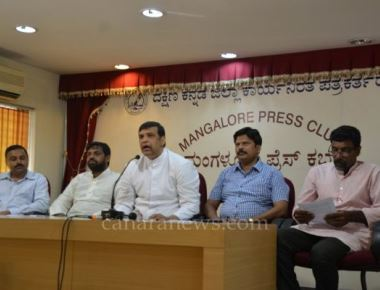 Diocese of Mangaluru organizes mega vehicles rally to Christmas Celebration