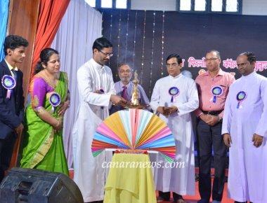 Hindi Fest 'INDRADANUSH' held at St Philomena College Puttur