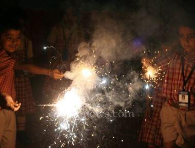 Milagres Kindergarten School Kallianpur celebrated Deepavali festival with fun