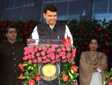 Navi Mumbai airport: phase 1 by Dec. 2019, says Chief Minister