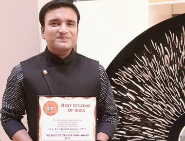Fr Vineeth George receives Best Citizens of India Award