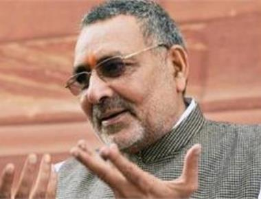 Giriraj seeks renaming of Nitish's native town Bhakhtiyarpur ,draws flak from ally, opponents