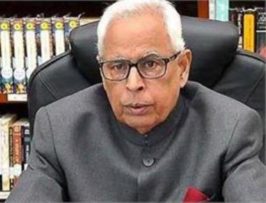Governor asks Mehbooba, BJP to clarify stand on govt formation