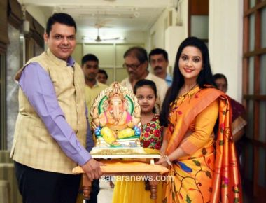 Photos: Devendra Fadnavis and wife Amruta Fadnavis and other celebraties celebrate Ganesh Chaturthi- By Rons Bantwal