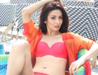 Malaika Arora Look Like Heena Panchal Bollywood Acting Debut