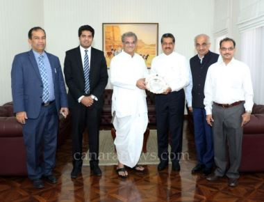 Dr. D. Veerendra Heggade Visits Gulf Medical University Ajman