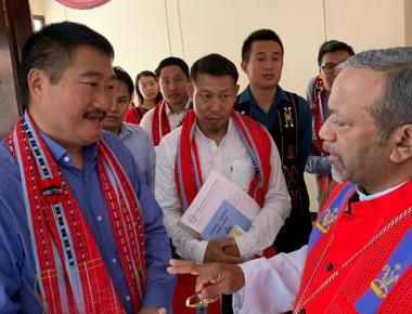 Archbishop Machado Meets Reps Of Manipur Migrants