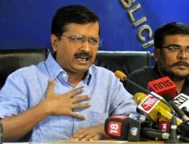 Alleging EVM tampering, Kejriwal wants Delhi polls postponed