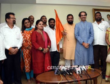 Six MNS corporators in BMC join Shiv Sena