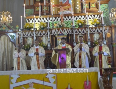 Christmas Eve celebrated at Milagres Cathedral, Kallianpur of Udupi Diocese