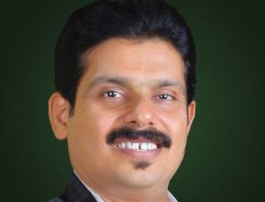 """Mayura Award"" to Praveen Shetty during 12th Vishwa Kannada Samskruthi Sammelana in Sharjah on 19th and 20th November"