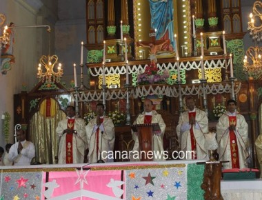 New Year Eve & Solemnity of Mother Mary celebrated at Milagres Cathedral, Kallianpur