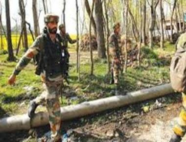 India, Pakistan trade gunfire in Poonch
