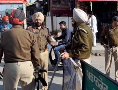 Search continues in Punjab's Pathankot as suspicious bag found