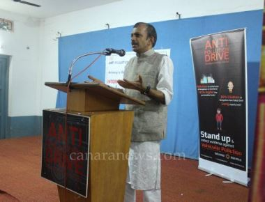Anti Pollution Drive, Paurakarmikas celebrate International Yoga Day