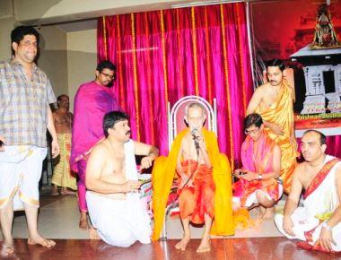 Drudakalasha Pooja to Lord Shreekrishna by Shree Vishweshatheertha Swamiji