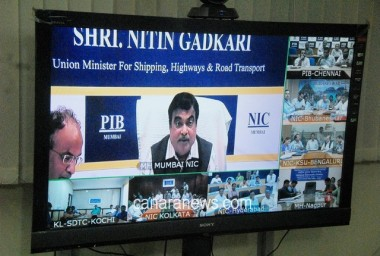 Gadkari must apologise to Navy: Cong.