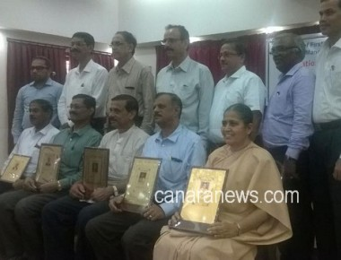 Retired Principals felicitated