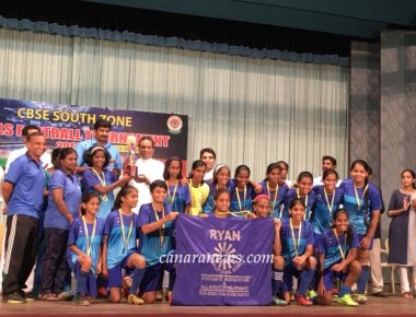 RIS Sanpada Champions of South zone CBSE board Clusters Girls under 17 Football tournament