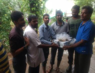 Relief Service at the flood affected areas by icym mangalore diocese