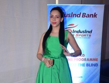 Rozlyn Khan Supports T20 World Cup For The Blind
