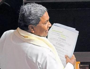 Karnataka govt okays separate religion status for Lingayats, seeks Centre's nod
