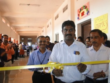 Srinivas Institute of Technology organises Management exhibition