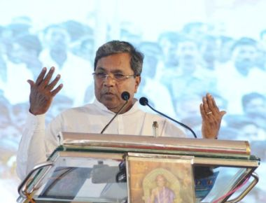 25 MLAs mount pressure on Siddaramaiah for berths