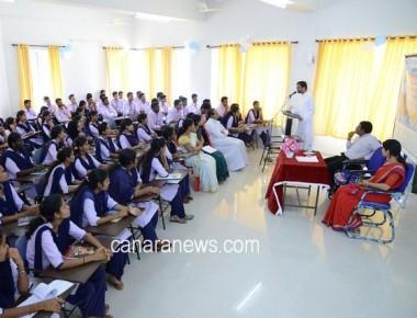 Workshop on Social work media at SPC Puttur