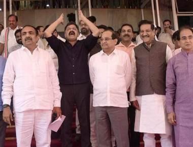 Shivaji statue height reduced in new design, CM draws flak