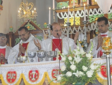 Milagres Cathedral of Udupi Diocese observes Maundy Thursday with great devotion