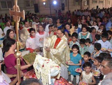 Monthi  Fest:  Abbasiya Families, Kuwait