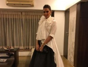 Neha Dhupia In Chola by sohaya, Channel Bag , Anmol and Personal Vintage Jewelry at Filmfare Awards, Mumbai.